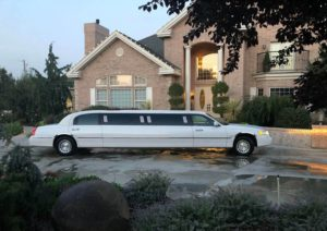 White Stretch Lincoln Limo at Cameo Heights Mansion