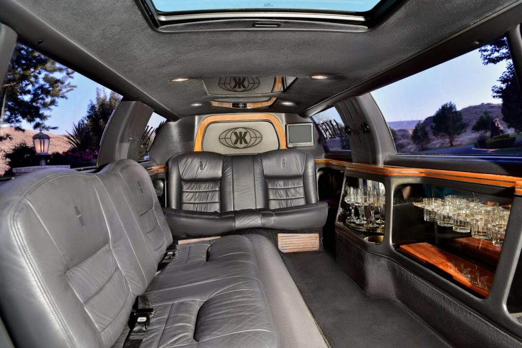 Cameo Heights Mansion Stretch Limo Interior